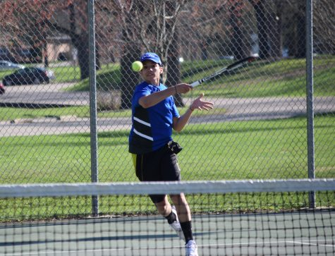 Boys tennis faces Parker