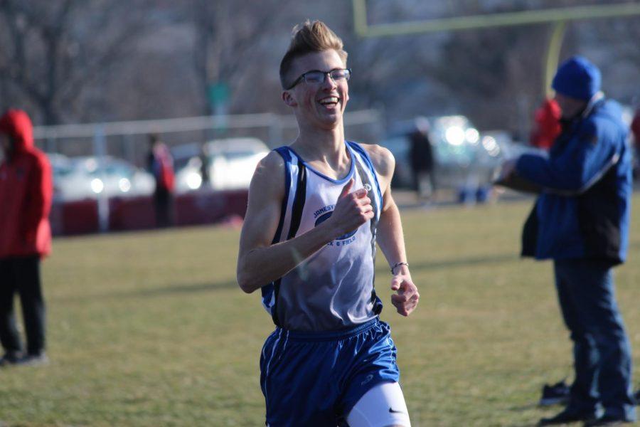 Craig Boys Track sneaks past Sun Prairie 71-70