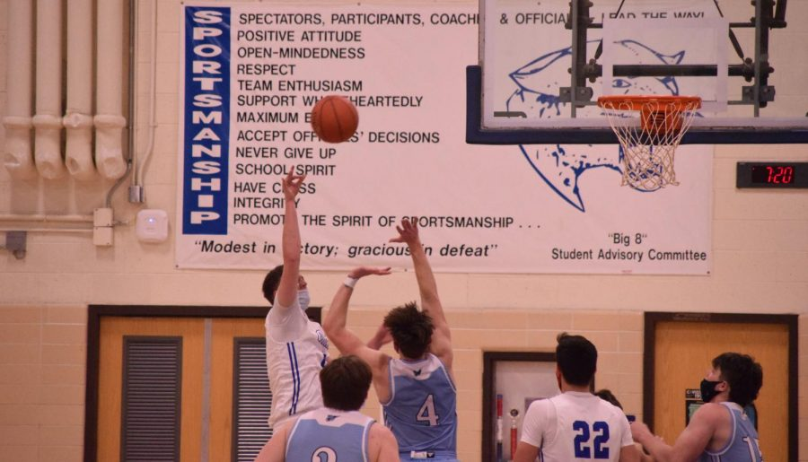 Craig+vs+Monona+Grove+Boys+Basketball+Game+%282-16-21%29