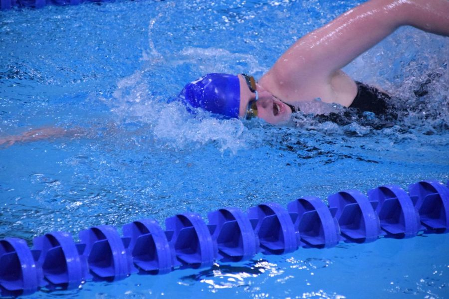 Kadence Woods takes a breath during the 200 freestyle.